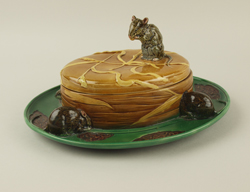 Minton-Mouse-Cheese-Dish